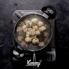 Bakso Lohoa   Yummy - Temukan resep-resep menarik lainnya hanya di:  Instagram: @Yummy.IDN  Facebook: Yummy Indonesia #baksolohoa #lohoaayam #baksoayam #chickenmeatball