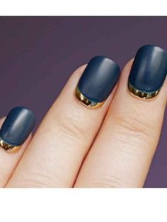 Vu sur Pinterest. Ooooh! Great idea for a grown out gel manicure to get a few more days...