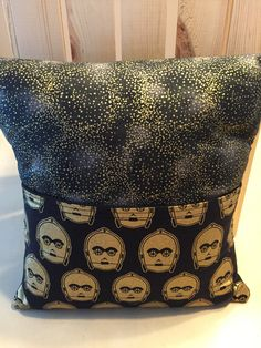 C3PO Pocket Pillow by thescrappyquilter22 on Etsy