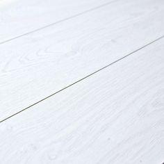 Kronoswiss Swiss SyncChrome Davos Oak D3035CP 8mm Laminate Flooring