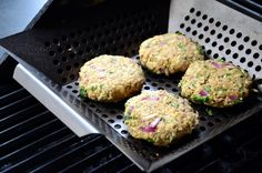 """""""This wonderful patties are an excellent alternative to those store-bought versions that pretend to be veggie burgers. Have you ever read the list of ingredients in some of those products?! Wow! There's not much resembling vegetables in them and they're often packed with preservatives, sodium and other nasty additives."""""""
