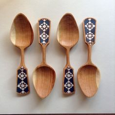 Ohio Star Spoons by Amy Umbel. Wooden Spoon Carving, Carved Spoons, Wood Spoon, Wood Carving, Green Woodworking, Woodworking Projects, Love Spoons, Chip Carving, Diy Couture