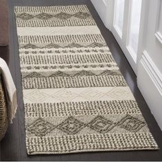 Safavieh Natura Carly Geometric Braided Area Rug