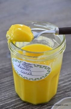 Cette crème au citron accompagnera à merveille vos crêpes, gaufres ou plus simplement vos tartines et brioches du quotidien. Je la fais au ... Plus