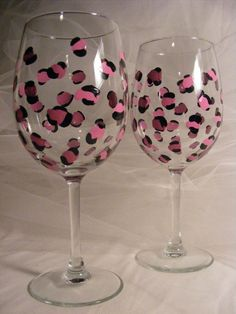 painted wine glasses with pink leopard print