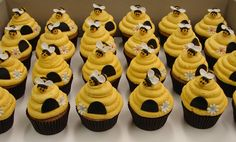 Bumble Bee Beehive Cupcakes