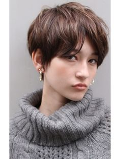 Asian Short Hair, Girl Short Hair, Short Hair Cuts, Tomboy Hairstyles, Pretty Hairstyles, Cut My Hair, Love Hair, Bowl Haircut Women, Really Short Hair