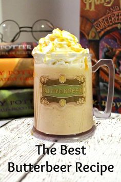 Harry Potter would be super impressed with our Best Copycat Butterbeer Recipe Ever! You can make it from home and get that same great taste as the Frozen Butterbeer from Universal Studios and it is easy to make! Harry Potter Fiesta, Harry Potter Food, Harry Potter Birthday, Harry Potter Desserts, Harry Potter Recipes, Harry Potter Treats, Harry Potter Drinks, Harry Potter Butterbeer, Harry Potter Parties
