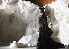 Don Giovanni at LA Phil: Rodarte Costumes, Frank Gehry Set Design (Photos) - The Daily Beast Theatre Design, Stage Design, Set Design, Walt Disney Concert Hall, Disney Hall, Paper Installation, Frank Gehry, Stage Set, Architecture