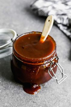 The Best Homemade BBQ Sauce - Tastes Better From Scratch Vegetarian Grilling, Healthy Grilling Recipes, Barbecue Recipes, Smoker Recipes, Vegetarian Food, Pesto, Barbeque Sides, Organic Cooking, Homemade Bbq