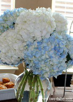 Flower bouquet for dessert table- blue and white hydrangeas