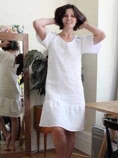 Raglan Peplum Linen Dress. Free women's dress sewing pattern, tutorial. Simple, easy, casual Summer dress. Diy.