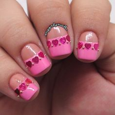 Pink love manicure with glitter hearts and caviar beads #nailart #manicure #nails #naildesign #manicureideas #lovenails #heartglitter #pinknails