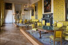 lLouis-Philippe's salon in the Grand Trianon Jonquil, the Light Yellow of Mad Painters and Dust Bowl–Era Pottery Trianon Palace, Trianon Versailles, Palace Of Versailles, Louis Xiv, Jules Hardouin Mansart, Dust Bowl, Architecture Old, Historic Homes, Family Room
