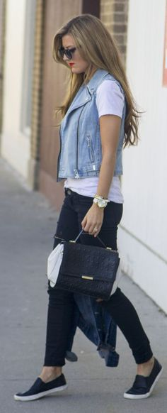 Colete Jeans Renner:99,90 Calça Jeans Renner:59,90 Blusa Branca Renda Renner:59,90