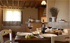 Win a free weekend in Chianti / Vinci un week end gratuito in un borgo chiantigiano