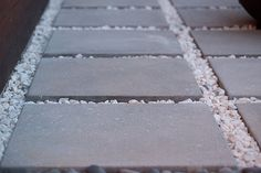 Pavers and White Marble Chips