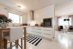 Myytävät asunnot, Hakapellonkatu 4 D, Turku #oikotieasunnot #keittiö #kitchen
