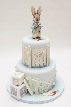Emma Jayne Cake Design added a new photo. Peter Rabbit Cake, Peter Rabbit Birthday, Peter Rabbit Party, Coelho Peter, Beatrix Potter Cake, First Birthday Cakes, Novelty Cakes, Cakes For Boys, Cake Tutorial