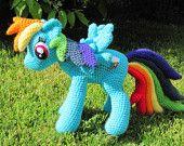 nerdy knitter rainbow dash my little pony crochet amigurumi pattern Crochet Pony, Poney Crochet, Crochet Horse, Crochet Animals, Crochet Dolls, Rainbow Dash, Rainbow Loom, Amigurumi Patterns, Crochet Patterns