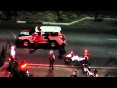 Cop gets caught breaking the car itself in the manifestation of the Paulista to incriminate protesters in Sao Paulo - Brazil
