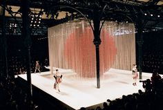 Fashion Show / A-W 2008-2009 RTW, Paris