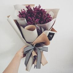 Flowers gift bouquet nature Ideas for 2019 Amazing Flowers, My Flower, Beautiful Flowers, Lotus Flower, Flower Crown, Bouquet Wrap, Flower Bouquet Wedding, Gift Bouquet, How To Wrap Flowers