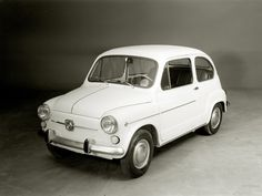 Els cotxes del pare. El primer, com no, un 600!