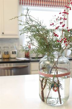 Remodelando la Casa: A Simple Christmas Kitchen Simple Christmas Tree Decorations, Christmas Tress, Christmas Tree Branches, Christmas Colors, Christmas Tree Ornaments, Christmas Holidays, Christmas Crafts, Hygge Christmas, Christmas Kitchen