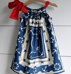 Basic Pillowcase Dress ~ This tutorial for simple pillowcase dresses will knock your socks off.  Love that pillowcase dresses are easy.    Make another for daughter's doll for cute matching outfits