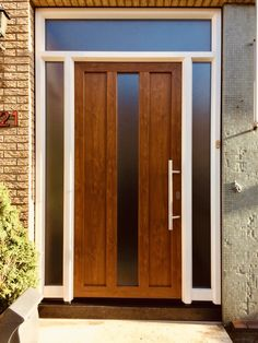 Voordelen kunststof maar de uitstraling van hout! Home Decor, Decor, Home, Furniture