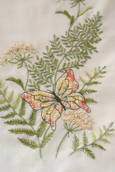 dresser runnner embroidery | Flickr - Photo Sharing!
