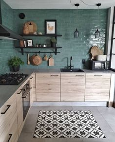 Home Decor Wall modern wood kitchen with green tiles.Home Decor Wall modern wood kitchen with green tiles Stylish Kitchen, Kitchen Cabinets, Kitchen Remodel, Kitchen Decor, Interior Design Kitchen, Modern Wood Kitchen, Clean Kitchen Design, Green Kitchen, Home Kitchens