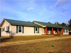 15792 County Rd 16, Maplesville, AL 36750.  Great deal!  $150,000 4 bdrms, 2 1/2 baths