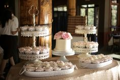 Photographer: Pepper Nix Photography / Flowers & Decor: Blooms and Blossoms / Reception Venue: Canyons Resort / Cake Baker: One Sweet Slice / Wedding Planner/Coordinator: White Ginger