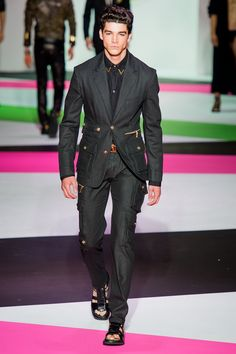 Versace Spring 2014 Menswear - Collection - Gallery - Style.com