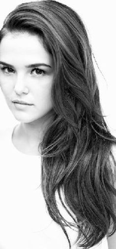 Zoey Deutch - the new Rose Hathaway