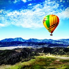 Hot Air Balloon Calistoga © Pete Petras -- Help send me to Calistoga! I'm a top 50 finalist to win a trip around the world! Please vote once a day for me to be @Jauntaroo's Chief World Explorer at http://www.bestjobaroundtheworld.com/submissions/view/1280 #ChiefWorldExplorer #jauntaroo #hirejauntarista