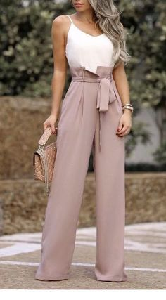 14 Palazzo Pants Outfit For Work - The Finest Feed / Dress Casually / casual out. - 14 Palazzo Pants Outfit For Work – The Finest Feed / Dress Casually / casual outfits for women Source by - Summer Work Outfits, Casual Work Outfits, Summer Fashion Outfits, Mode Outfits, Classy Outfits, Work Fashion, Chic Outfits, Spring Outfits, Fashion Dresses