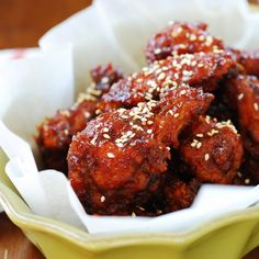 Yangnyeom Chicken (Spicy Korean Fried Chicken) Make me hungry ;(