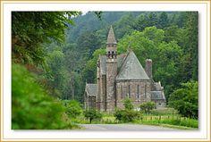 Drumtochty Castle Chapel, Scotland http://www.drumtochtycastle.com/