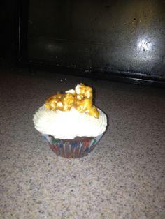 Southern Comfort cupcakes with Southern Comfort caramel corn More