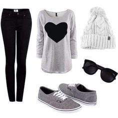 dbvgap-l-c680x680-sweater-shoes-hat-jeans-sunglasses-tumblr-pom-pom-beanie-grey-black-heart-vans-beanie-comfy-gray-sweater-blouse-grey-sweater-grey-black-heart-fluffy-sweater-winter-outfits-vans-of-.jpg (680×680)