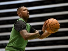 Terry Rozier had offers from the Knicks and the Suns. His decision to sign with the Hornets had a ripple effect on those franchises plus others. Fiba Basketball, Gregg Popovich, Kobe Mamba, The Pacer, Go To New York, Kyrie Irving, Free Agent, Going To Work, World Cup