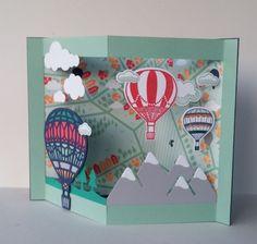 Carte pop up paysage et montgolfières