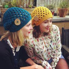 free crochet pattern hat, swellamy, lion brand, slouchy hat