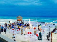 #beach #cocktailhour #meetings #destinationweddingscancun by @weddingcancun
