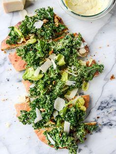 kale caesar pizza I howsweeteats.com