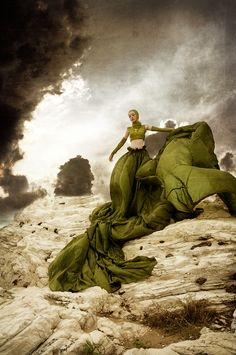 Love the drama of this olive green gown! Arte Fashion, Fashion Shoot, Editorial Fashion, High Fashion Photography, Editorial Photography, Parachute Dress, Mode Costume, Green Gown, Green Silk