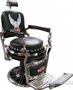 This compilation of rare Harley finds is very interesting! You'll find lawn chairs and other items that you will rarely see in stores. Every fan will love them all! To see them all, just click the link below: A Variety Of Harley Davidson Gear